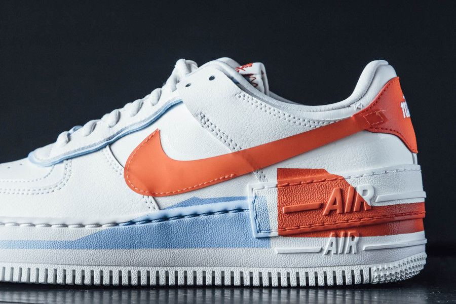 Nike Wmns AF1 Shadow SE Summit White Team Orange Psychic Blue (4)