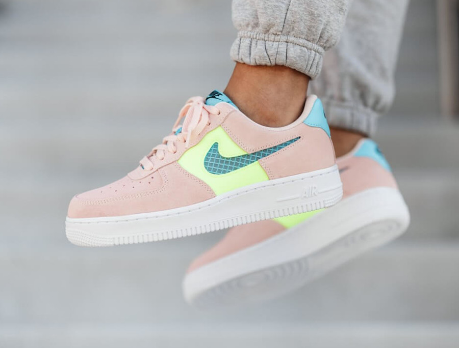 Nike Wmns Air Force 1 '07 SE Washed Coral CJ1647-600