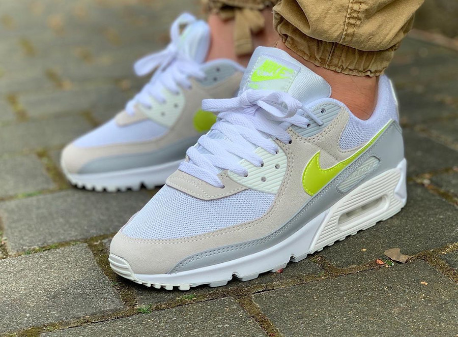 Nike Wmns Air Max 90 Recraft Lemon Venom CW2650-100