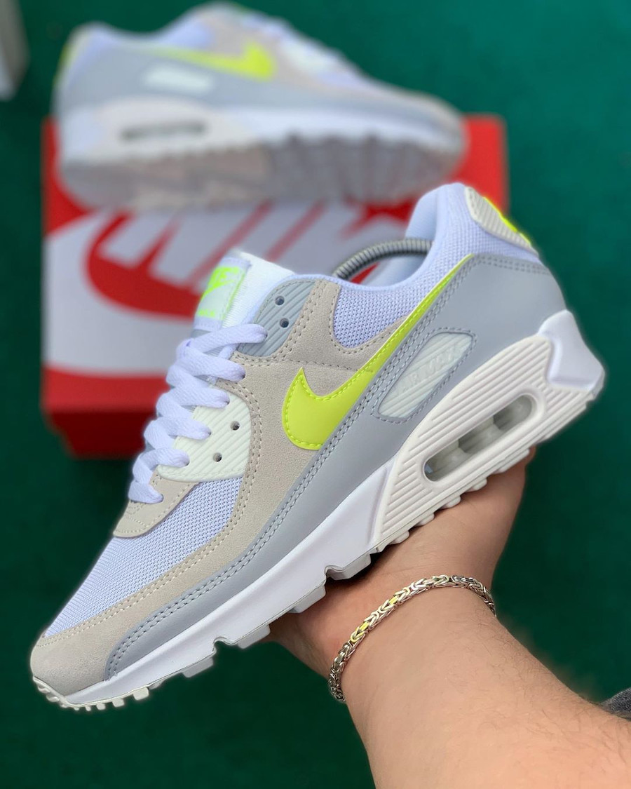 Nike Wmns Air Max 90 White Lemon Venom Pure Platinum Sail (1)