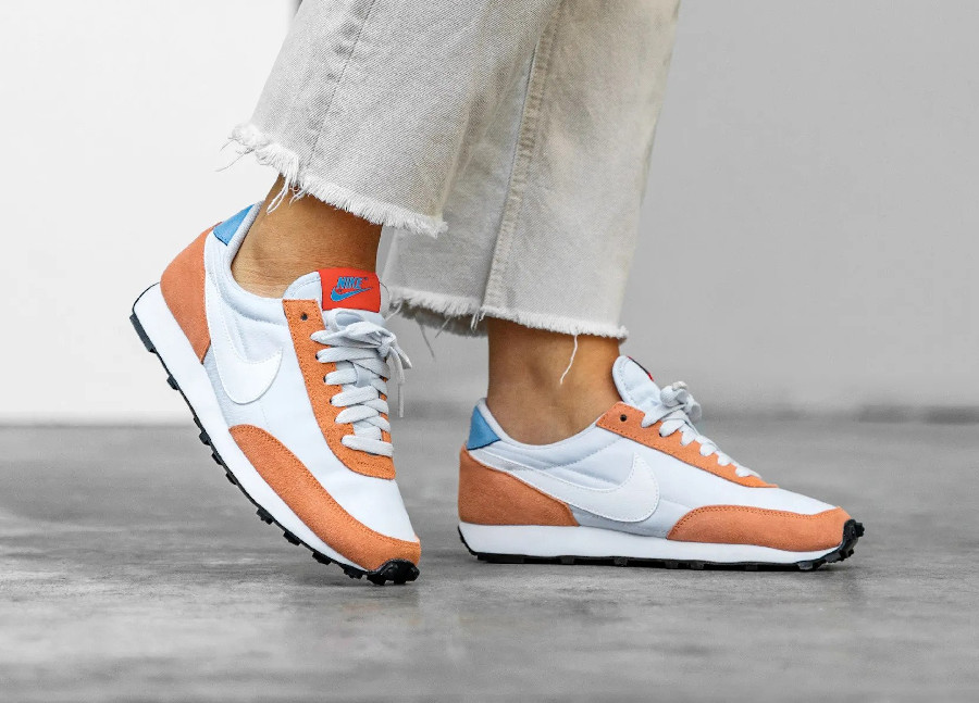 Nike Wmns Daybreak Football Grey Terance Orange pas cher
