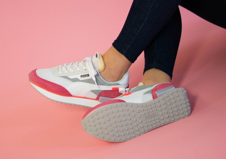 Puma-Future-Rider-Wns-Stream-White-Bubblegum-2