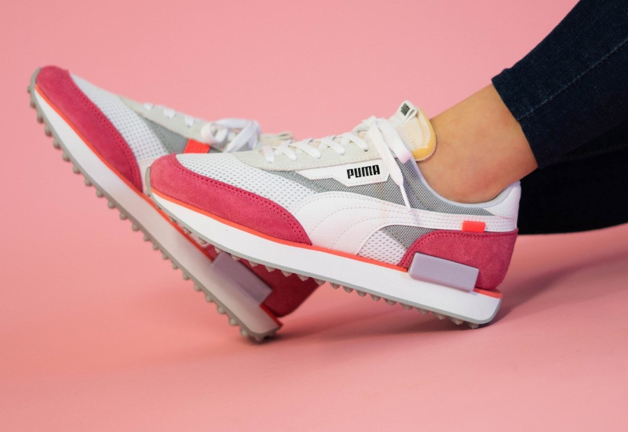 Puma-Future-Rider-Wns-Stream-White-Bubblegum-4