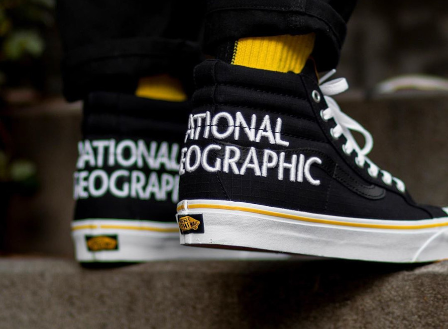 Vans SK8 Hi Reissue Black Yellow on feet VN0A3TKPXHP1 (1)