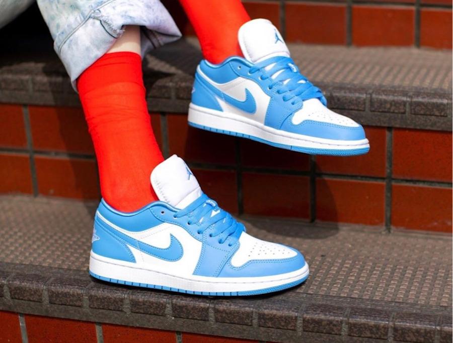 Women's Air Jordan 1 Low blanche bleu ciel University Blue (1)