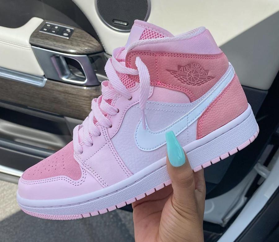 Air Jordan 1 mi-montante rose 2020 pour femme (1)