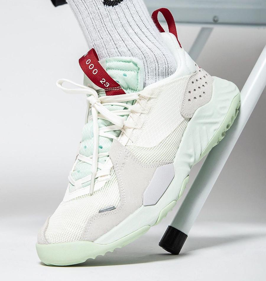 Air Jordan SP blanc cassé et vert menthe (3)