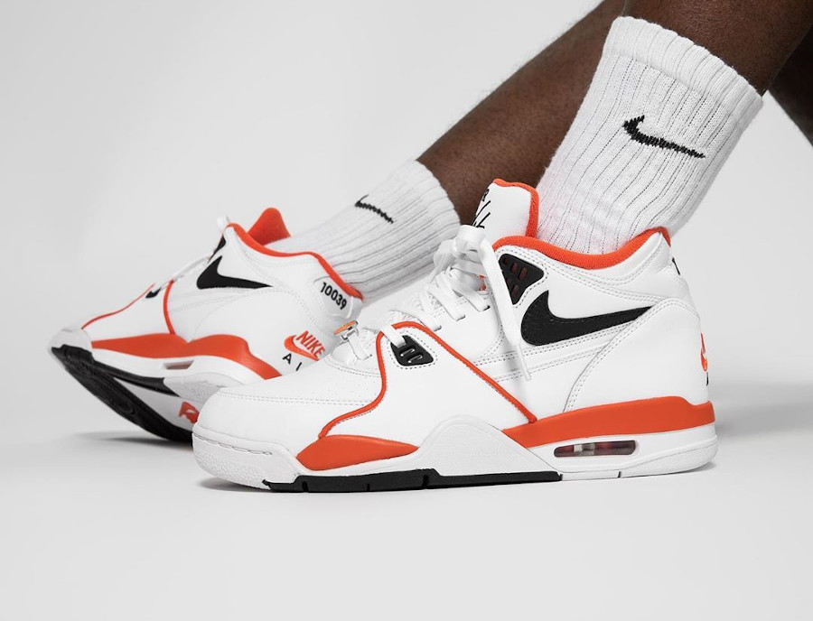 Nike Air Flight 89 Harlem basketball Tournament on feet (4)