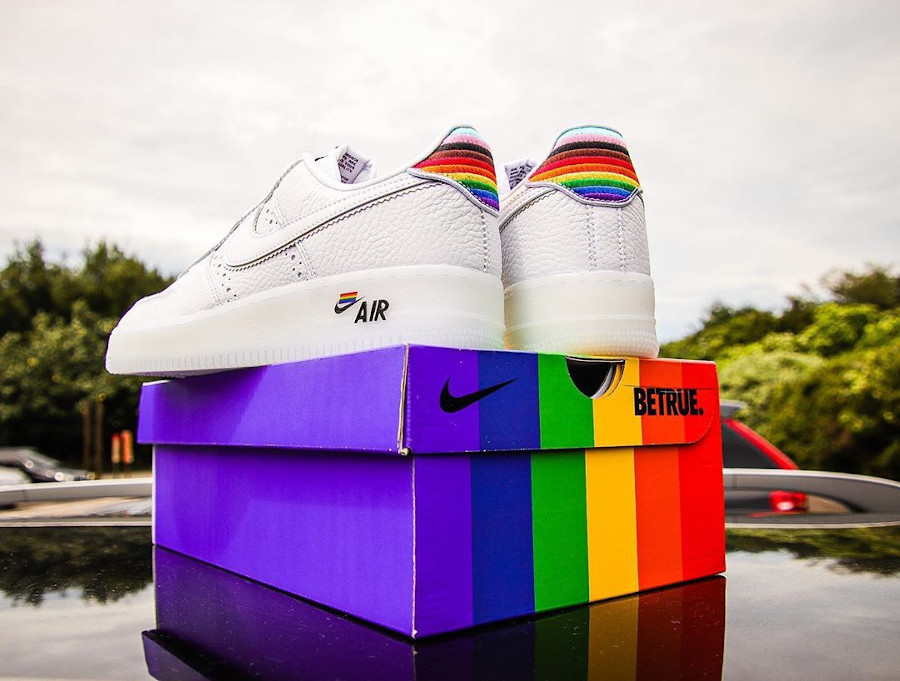 Nike Air Force 1 Low Be True LGBT Gay Pride (1)