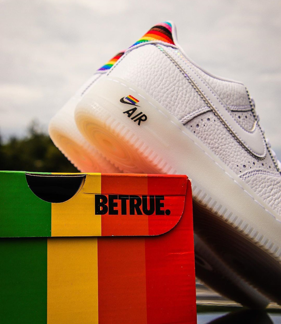 Nike Air Force 1 Low Be True LGBT Gay Pride (3)