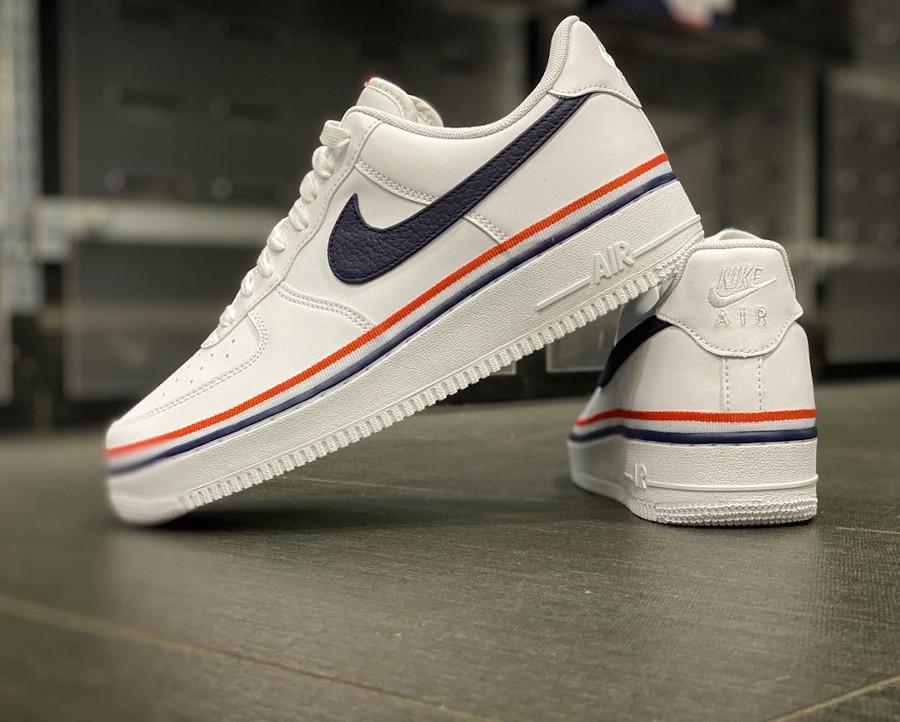 Nike Air Force 1 blanche avec un ruban tricolore (3)