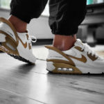 Nike Air Max 90 Flyease White Metallic Gold