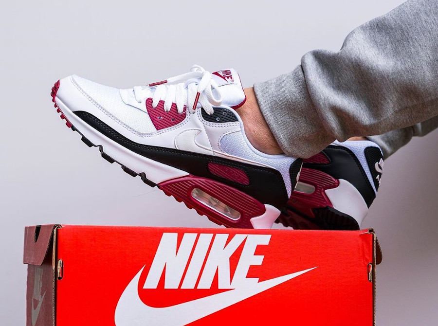 Nike Air Max 90 Recraft New Maroon CT4352-104