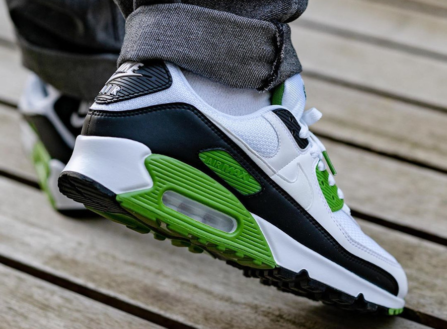 Nike Air Max 90 homme 30th Anniversary vert chlorophylle (1)