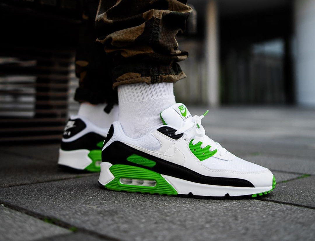 Nike Air Max 90 homme 30th Anniversary vert chlorophylle (2)