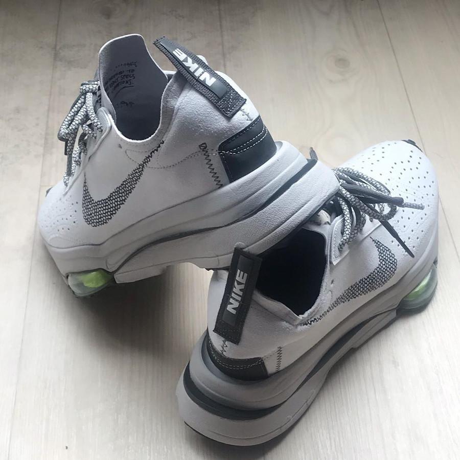 Nike Air Zoom Type Sacai blanche grise et verte (5)