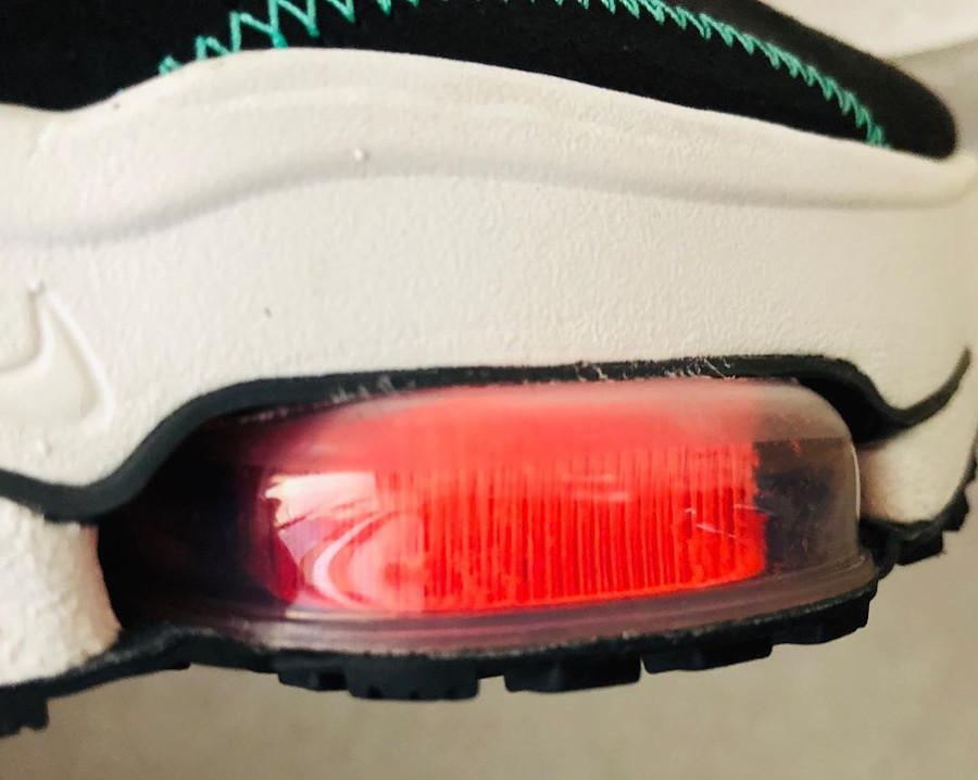 Nike Air Zoom Type noire et vert menthe (4-1)
