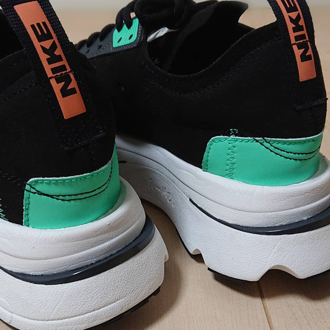 Nike Air Zoom Type noire et vert menthe (6)