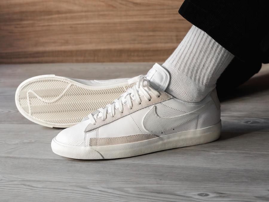 Nike Blazer basse 2020 pour homme blanc cassé (3)