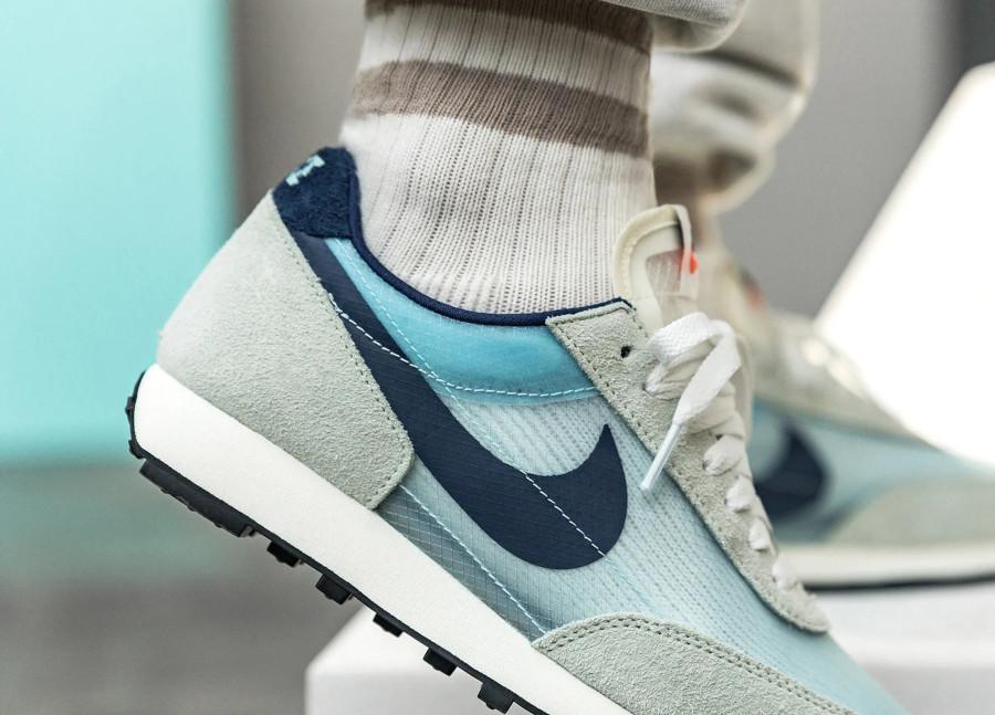 Nike Dbreak grise blanche et bleu ciel (1)