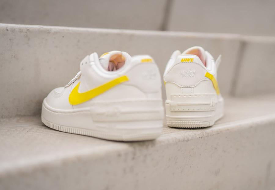 Nike Wmns AF1 Shadow beige jaune et rose (6)