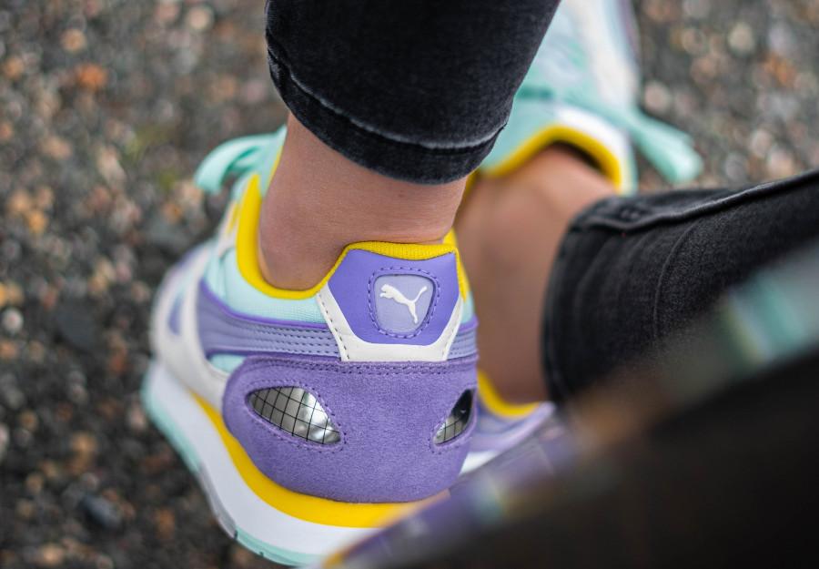Puma-Mirage-OG-femme-violet-et-jaune-1