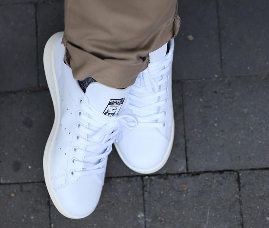 Adidas Stan Smith avec 2 Trèfles (blanche et bleu marine) (3)