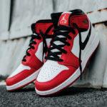 Air Jordan 1 Mid Chicago 'White Heel'