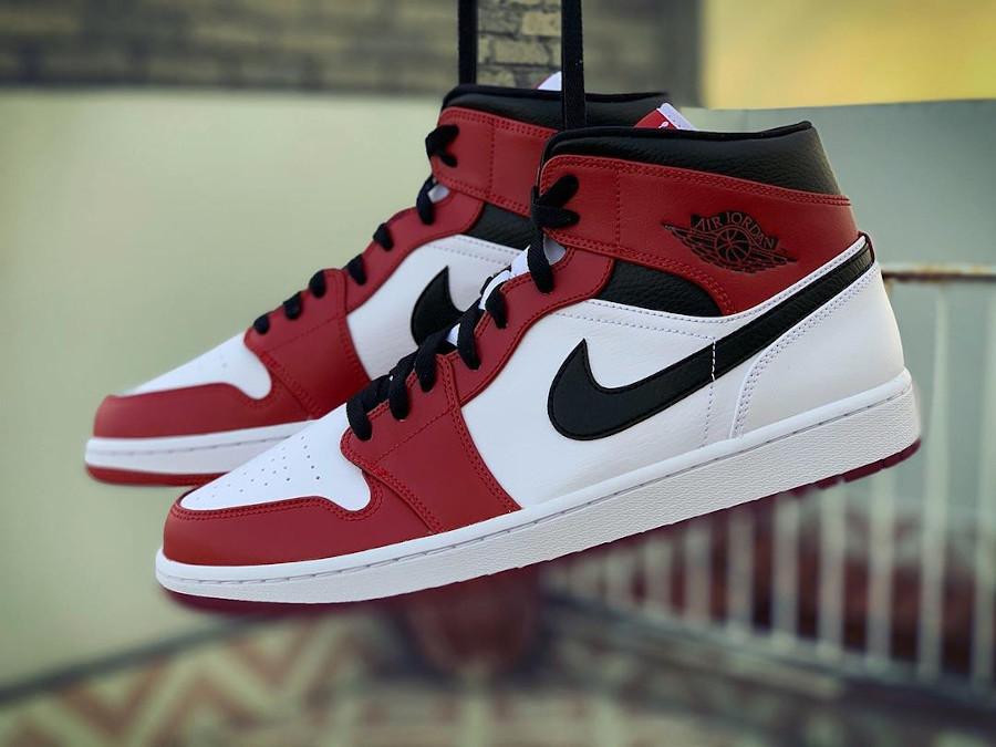 Air Jordan 1 mi-montante 2020 homme blanche noire et rouge (5)