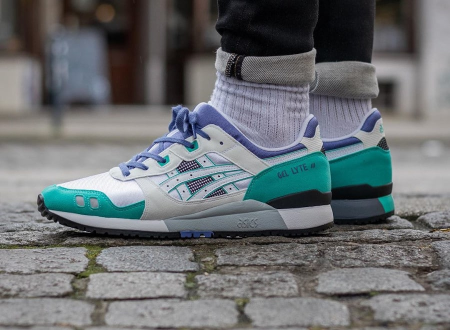 Asics Gel Lyte 3 OG White Teal Blue 'Emerald' 2020 on feet (1)