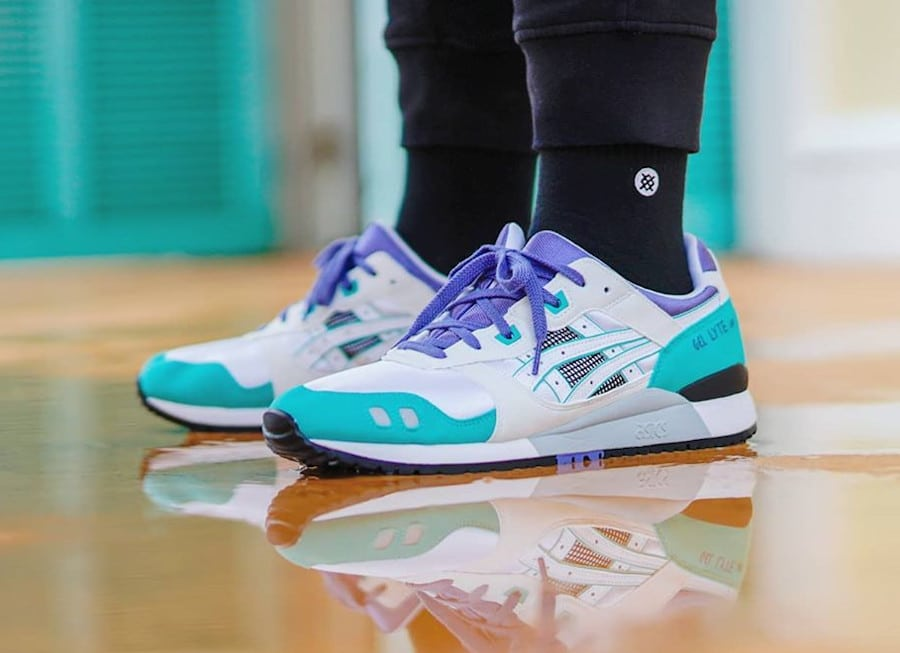 Asics Gel Lyte 3 OG White Teal Blue 'Emerald' 2020 on feet (2)