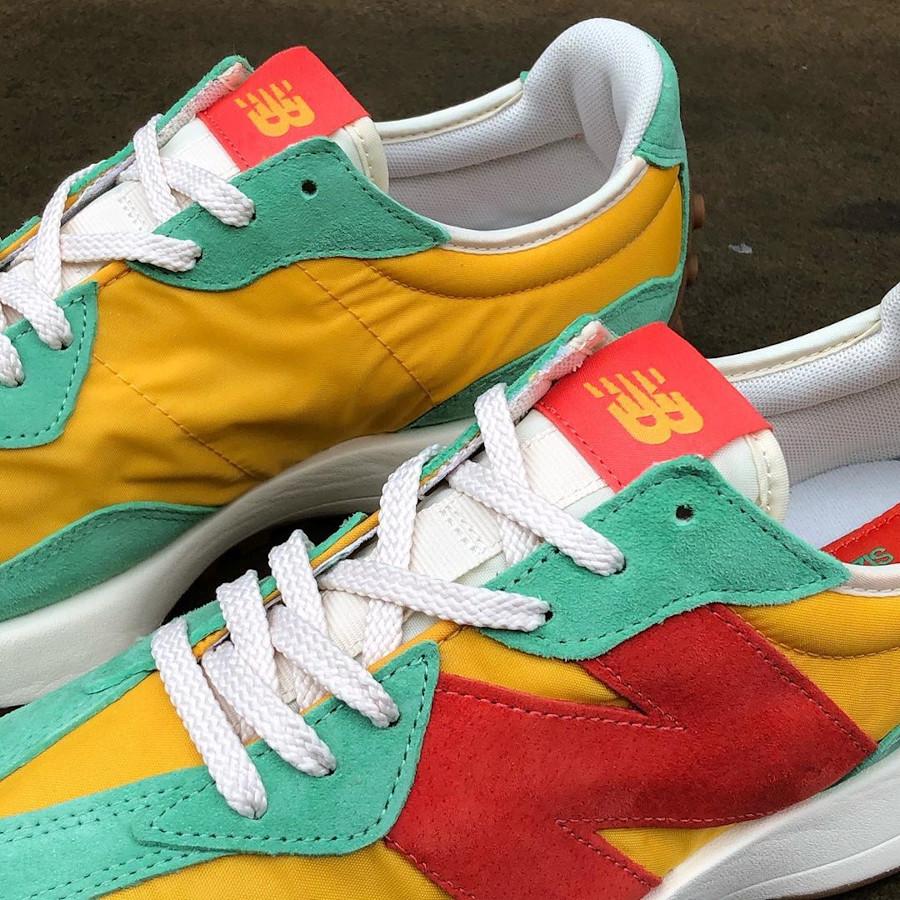 New Balance 327 verte jaune et rouge (1)