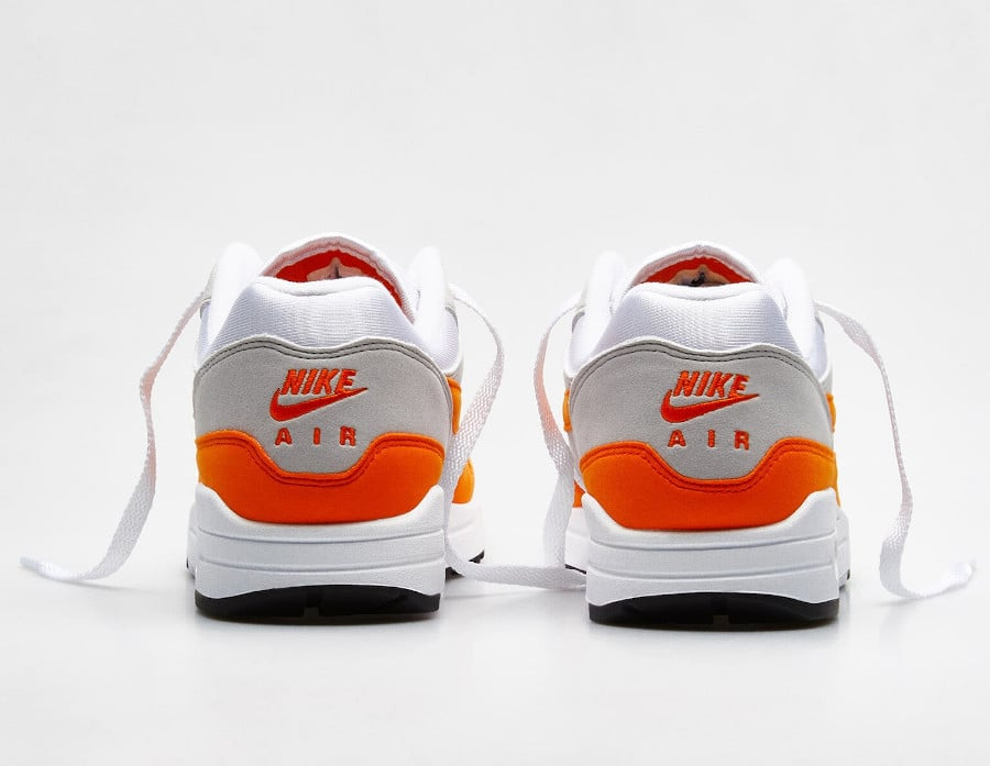 Nike Air Max 1 2020 original blanche grise et orange (1)