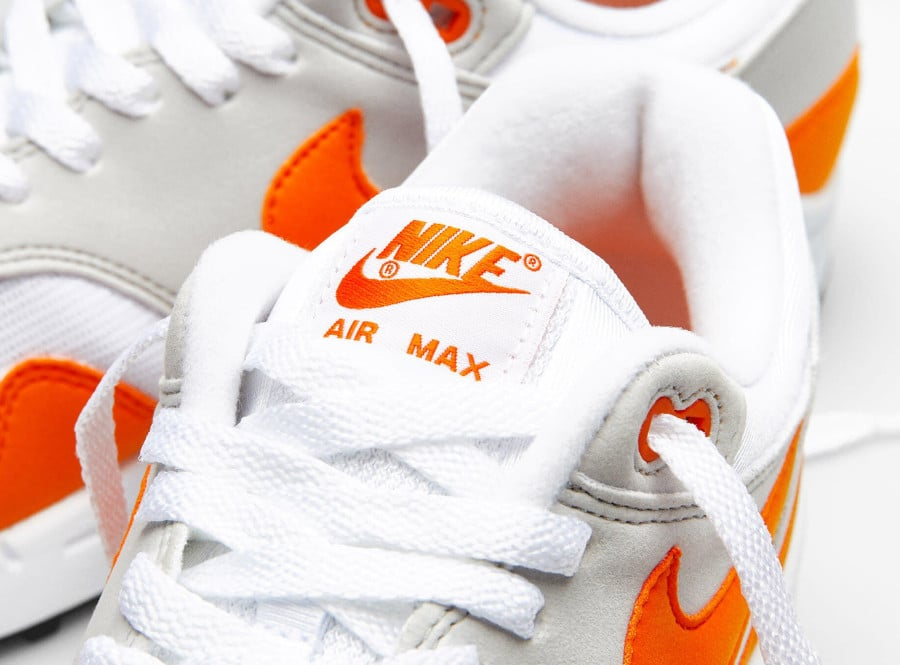 Nike Air Max 1 2020 original blanche grise et orange (2)