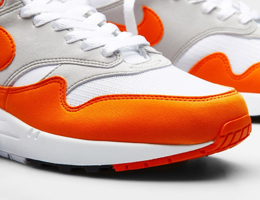 Nike Air Max 1 2020 original blanche grise et orange (4)