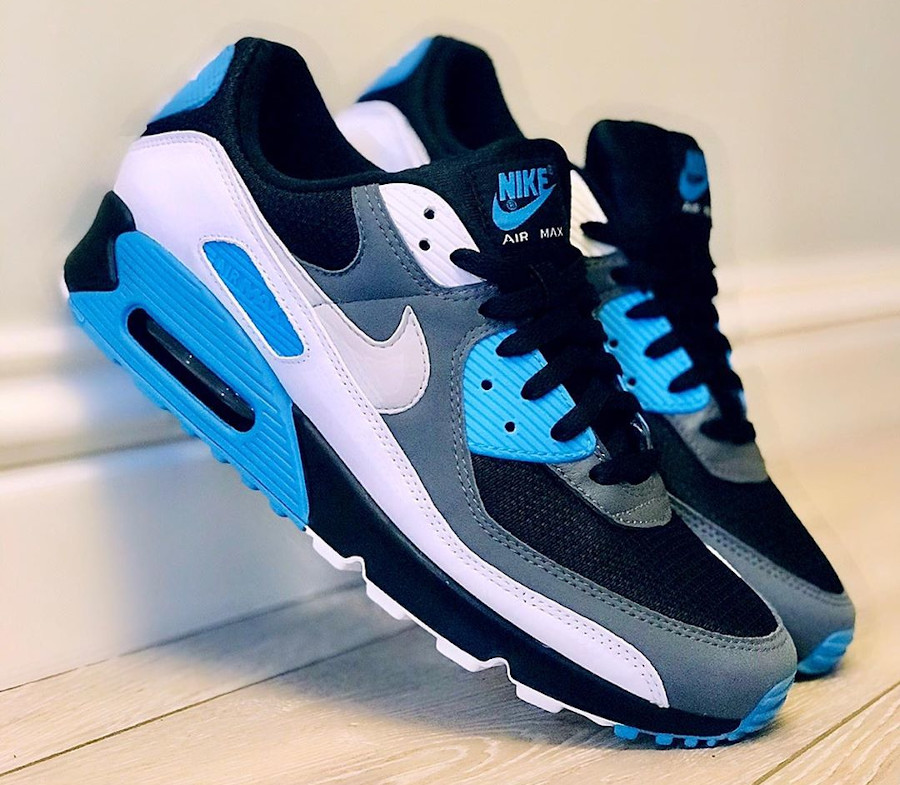 Nike Air Max 90 Recrafted Reverse Laser Blue (1)