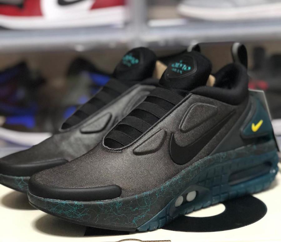 Nike Air Max 90 au laçage automatique grise et noire (4)