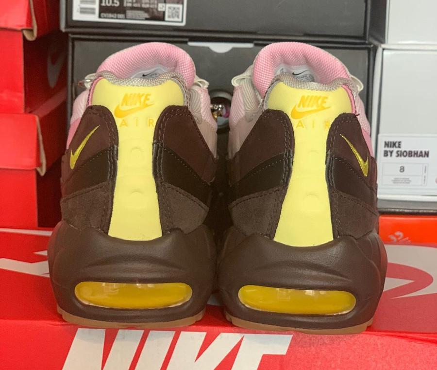 Nike Air Max 95 brun velours jaune opti (3)