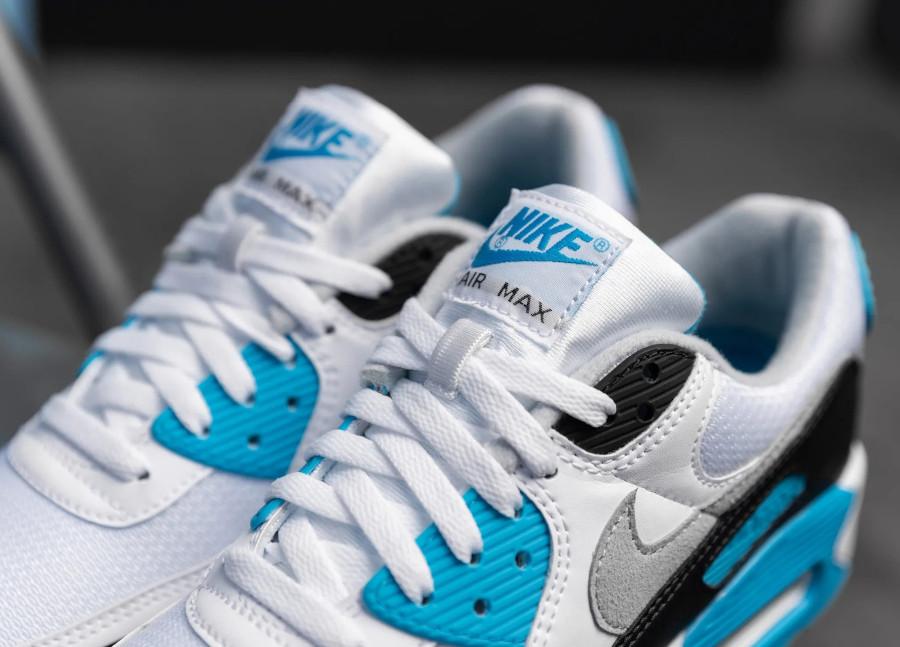 Nike Air Max III bleue blanche et noire 2020 (4)
