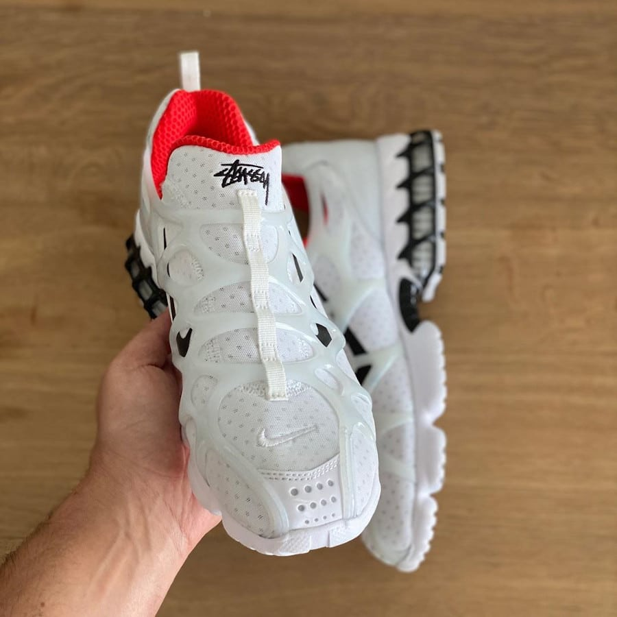 Nike Air Zoom Kukini blanche rouge et noire (2)