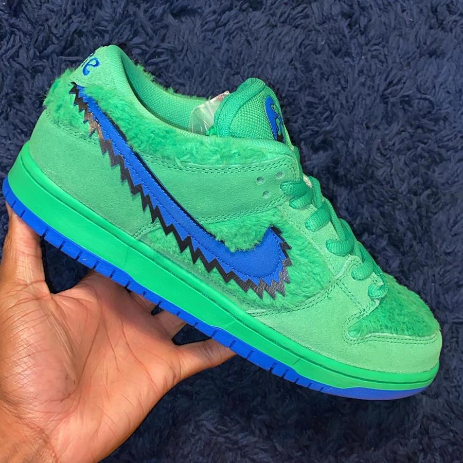 Nike Dunk Low Pro SB en peluche vert CJ5378-300