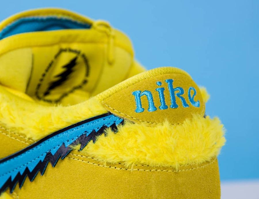 Nike SB Dunk Low en peluche jaune Bear's Dancing (0)