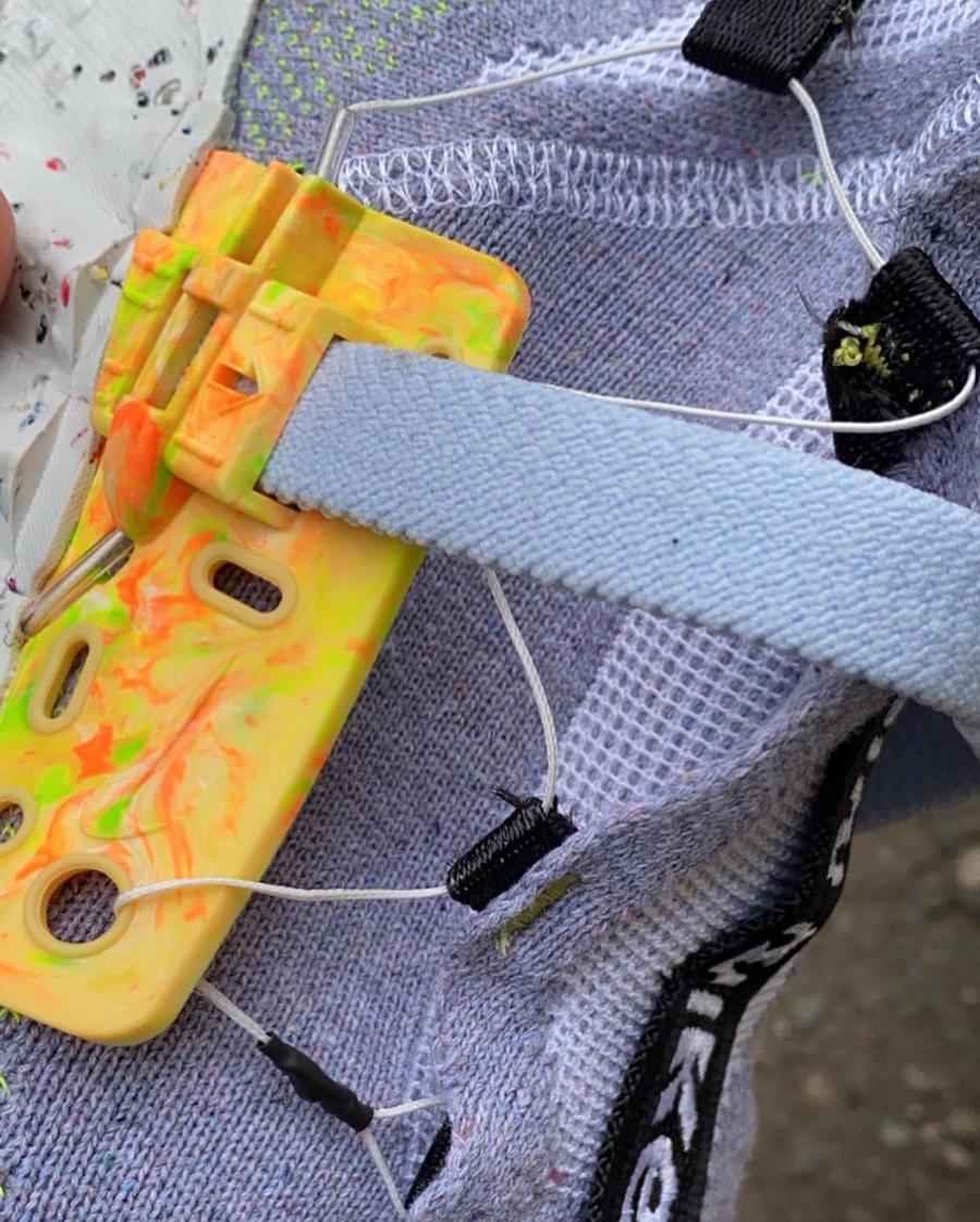 Nike Space Hippie 03 en polyester recyclé gris et vert fluo (1)