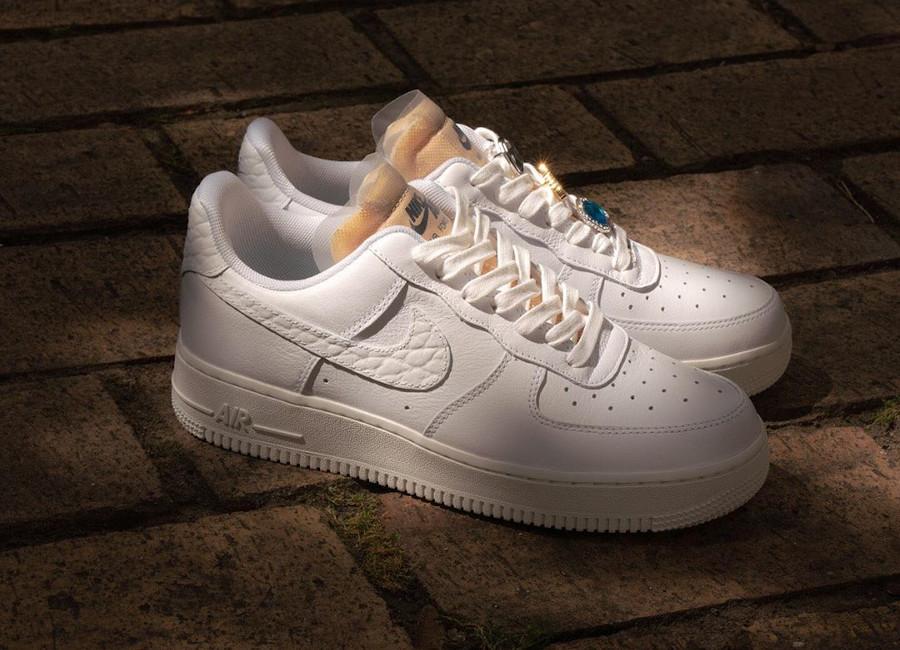 Nike Wmns Air Force 1 '07 LX Bling Bling CZ8101-100