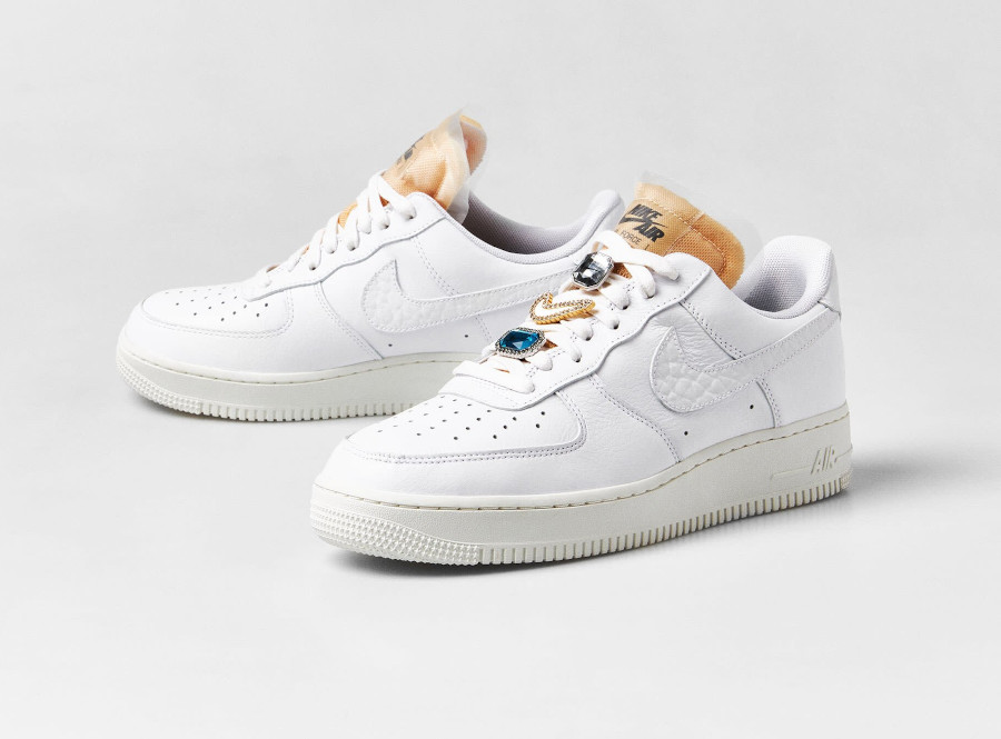 Nike Air Force 1 Low blanche avec des bijoux (5)