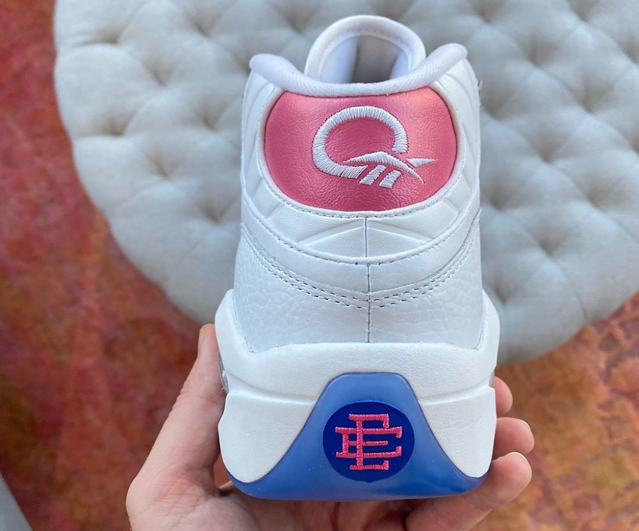 Reebok Question Allen Iverson 2020 blanche et rose (4)