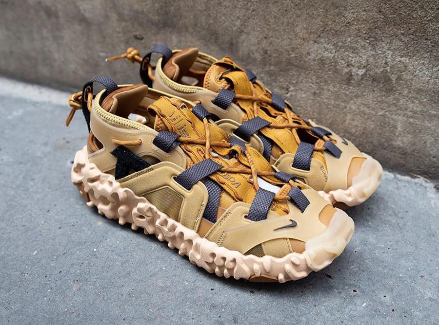 Sandale Nike Overreact ISPA marron et beige (1)