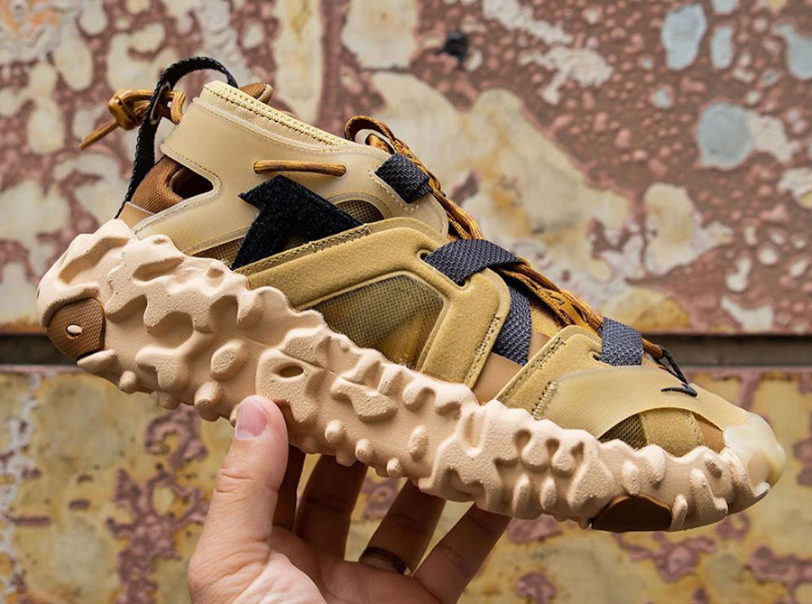 Sandale Nike Overreact ISPA marron et beige (3)