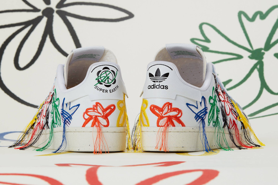 Adidas Superstar Vegan 50th avec fleurs brodées multicolores (5)