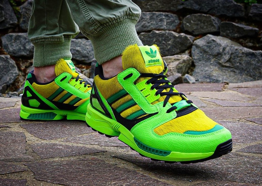 Adidas ZX 8000 AZ-X 2020 peau de serpent vert fluo on feet